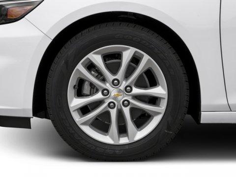 New 2018 Chevrolet Malibu 4dr Sdn LT w-1LT