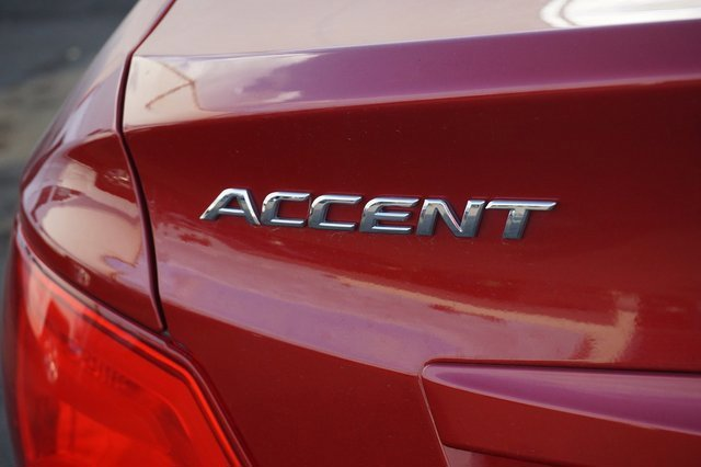 Used 2017 Hyundai Accent SE Sedan Auto
