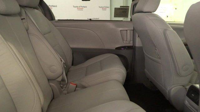 New 2017 Toyota Sienna XLE Premium FWD 8-Passenger
