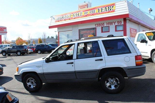 1993 Jeep Grand Cherokee 4dr Laredo 4WD