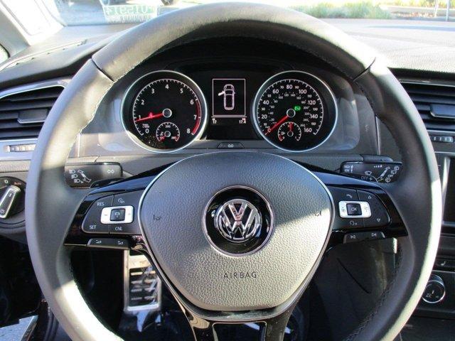 New 2017 Volkswagen Golf Alltrack 1.8T SE DSG