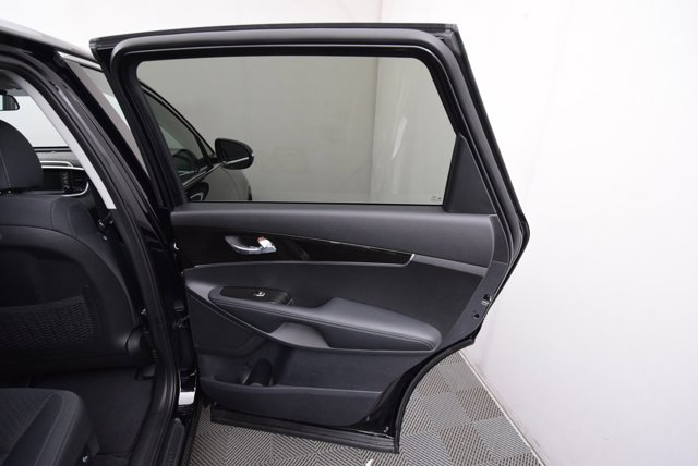 New 2020 Kia Sorento LX FWD