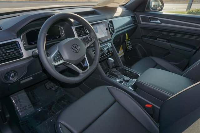 New 2020 Volkswagen Atlas Cross Sport 2.0T SEL 4MOTION