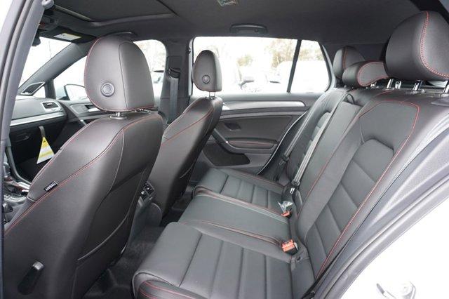 New 2019 Volkswagen Golf GTI 2.0T SE DSG