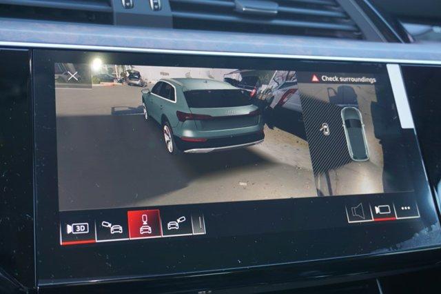 New 2019 Audi e-tron Premium Plus quattro
