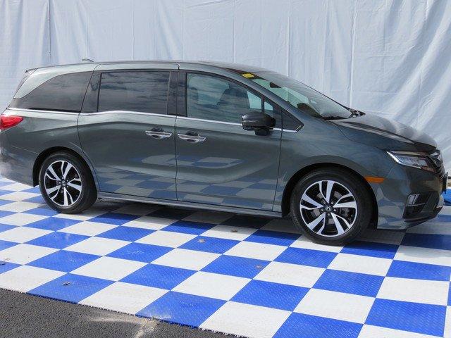 2018 Honda Odyssey ELITE Minivan Slide