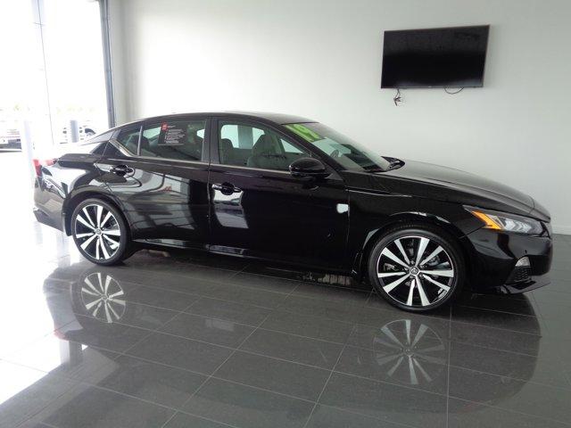 Super Black 2019 Nissan Altima 2.5 SR 4dr Car Goldsboro NC