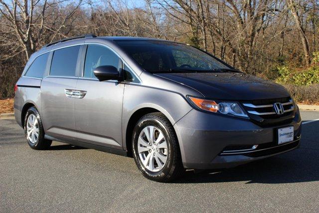 2016 Honda Odyssey SE Minivan Slide