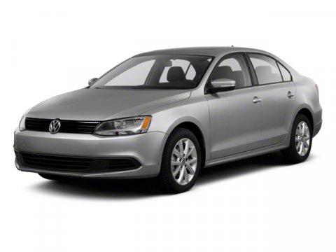 2011: Volkswagen, Jetta Sedan, TDI w/Nav, 4dr Car