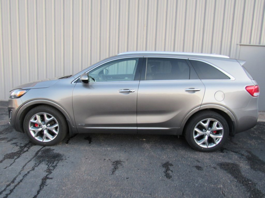 Used 2017 Kia Sorento SX 4D Sport Utility for sale in Grand Island NE
