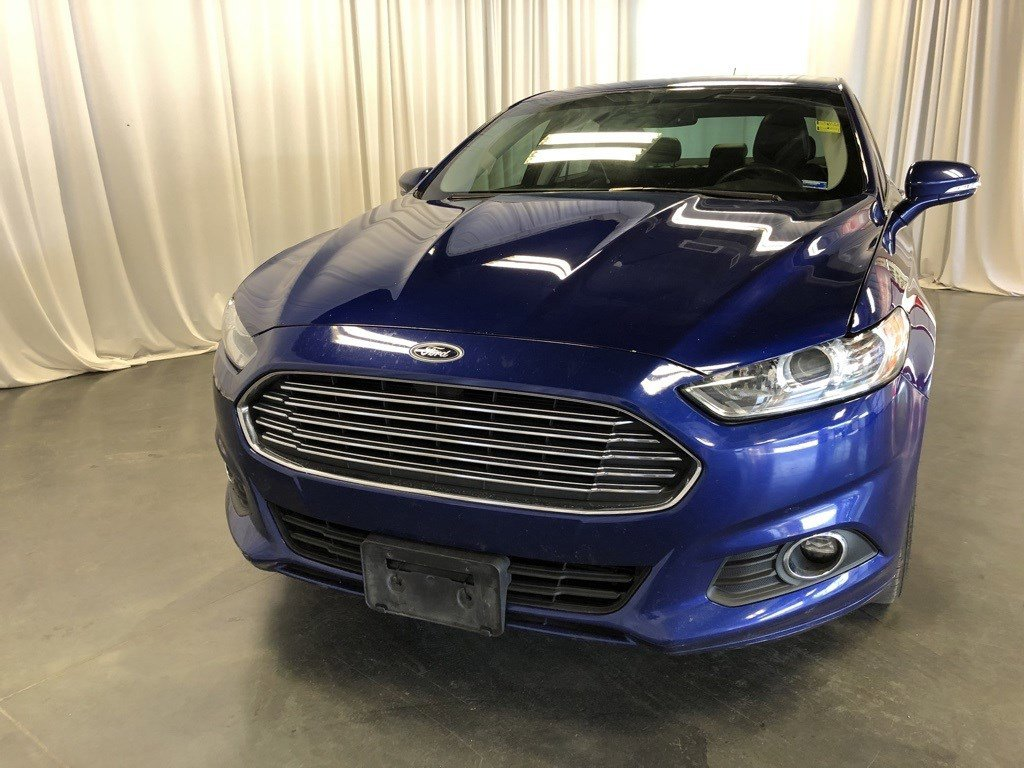 Used 2013 Ford Fusion SE 4dr Car for sale in St Joseph MO