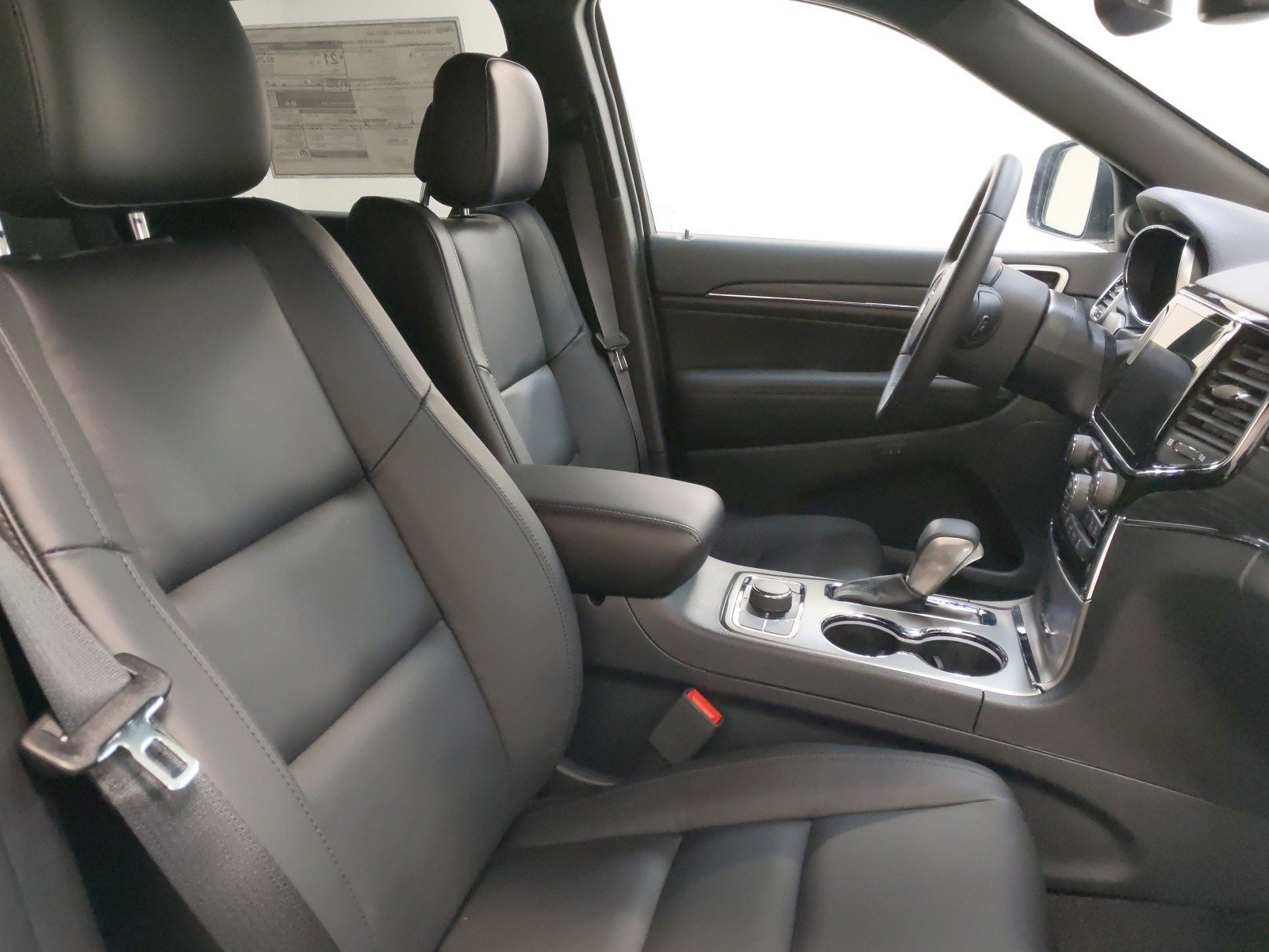 New 2020 Jeep Grand Cherokee Limited Sport Utility for sale in Grand Island NE