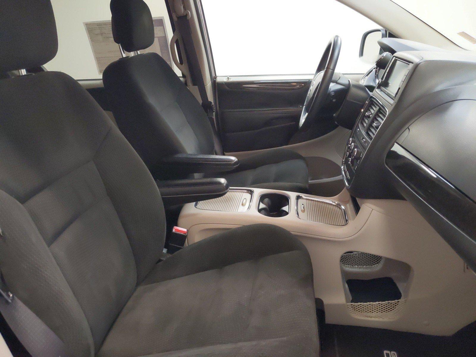 Used 2015 Dodge Grand Caravan SXT Mini-van for sale in Grand Island NE