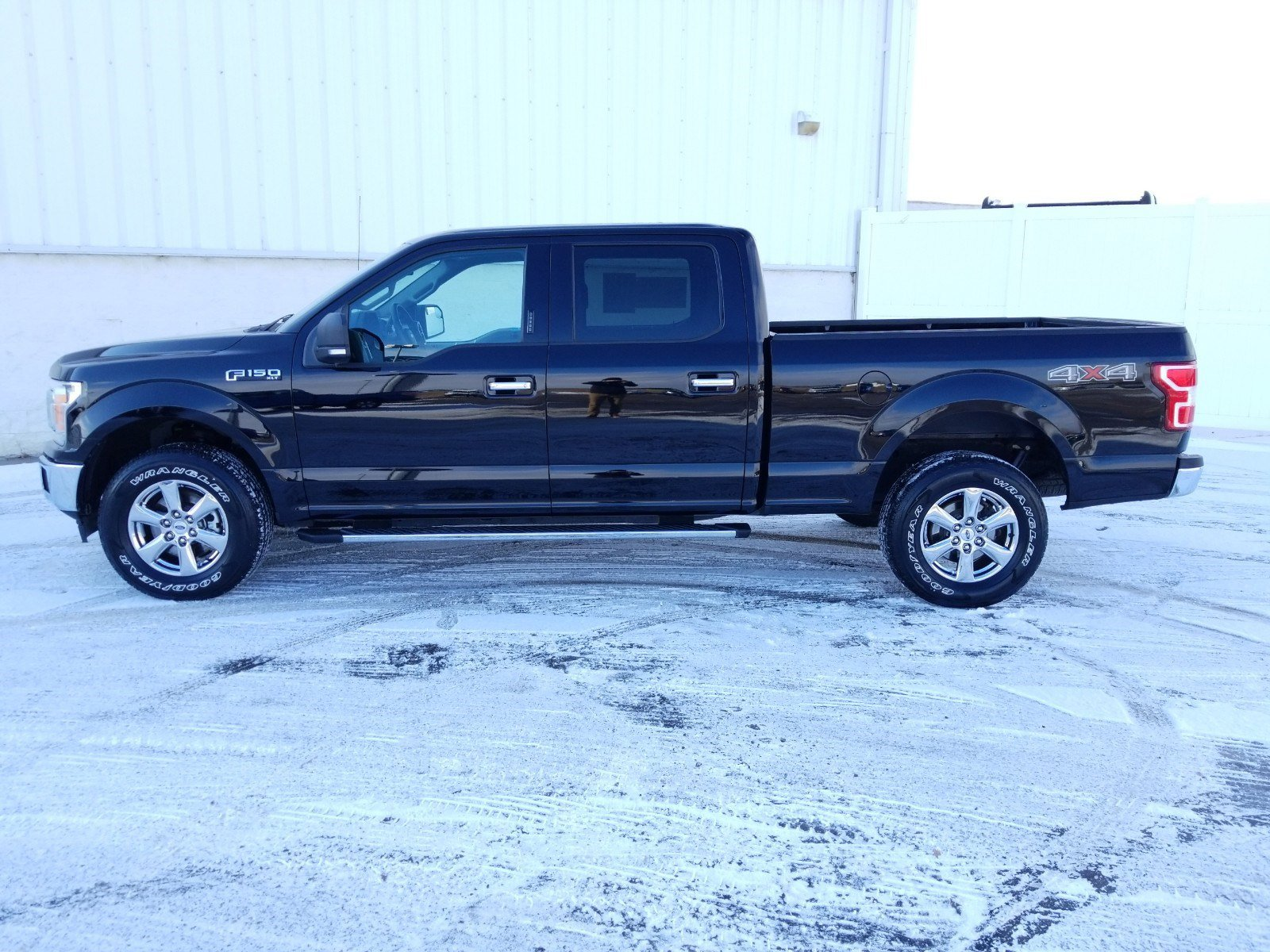 Used 2018 Ford F-150 XLT Crew Cab Pickup for sale in Lincoln NE