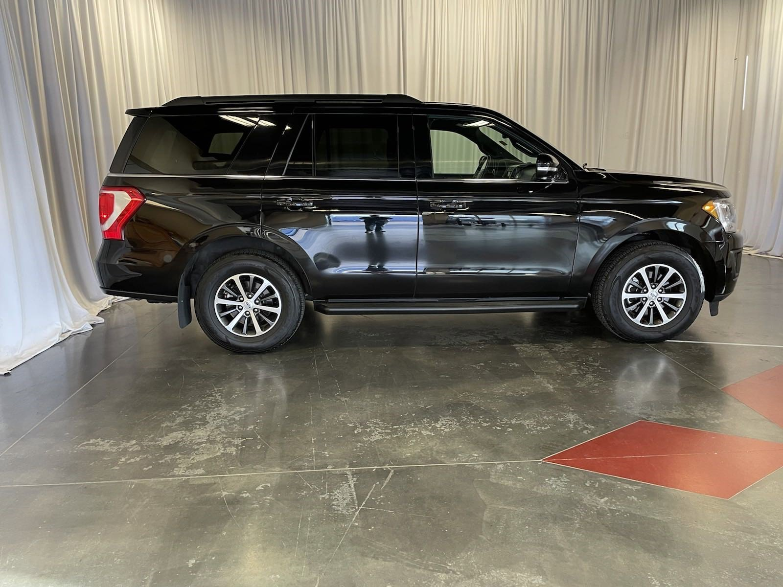 Used 2019 Ford Expedition XLT Sport Utility for sale in St Joseph MO