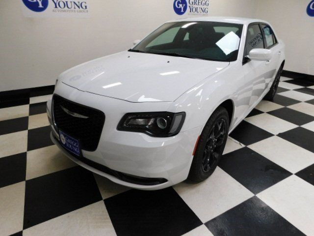 New 2019 Chrysler 300 300S 4dr Car for sale in Grand Island NE