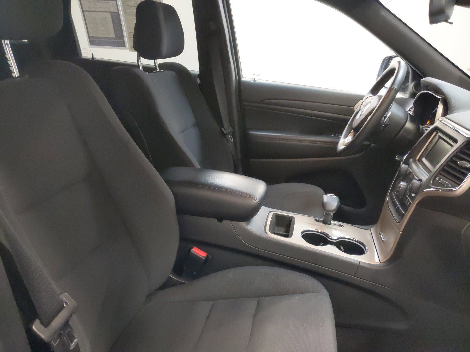 Used 2015 Jeep Grand Cherokee Laredo Sport Utility for sale in Grand Island NE