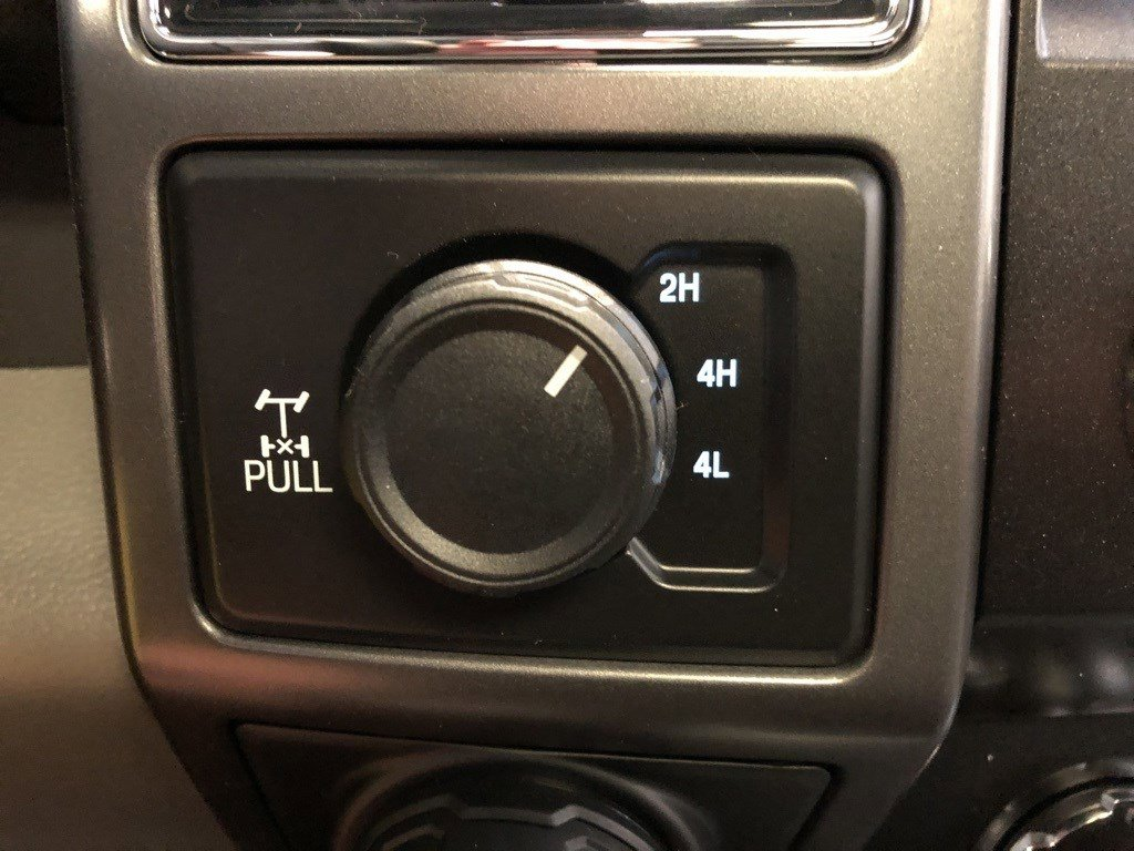 New 2020 Ford F-150 XLT Crew Cab Pickup for sale in St Joseph MO