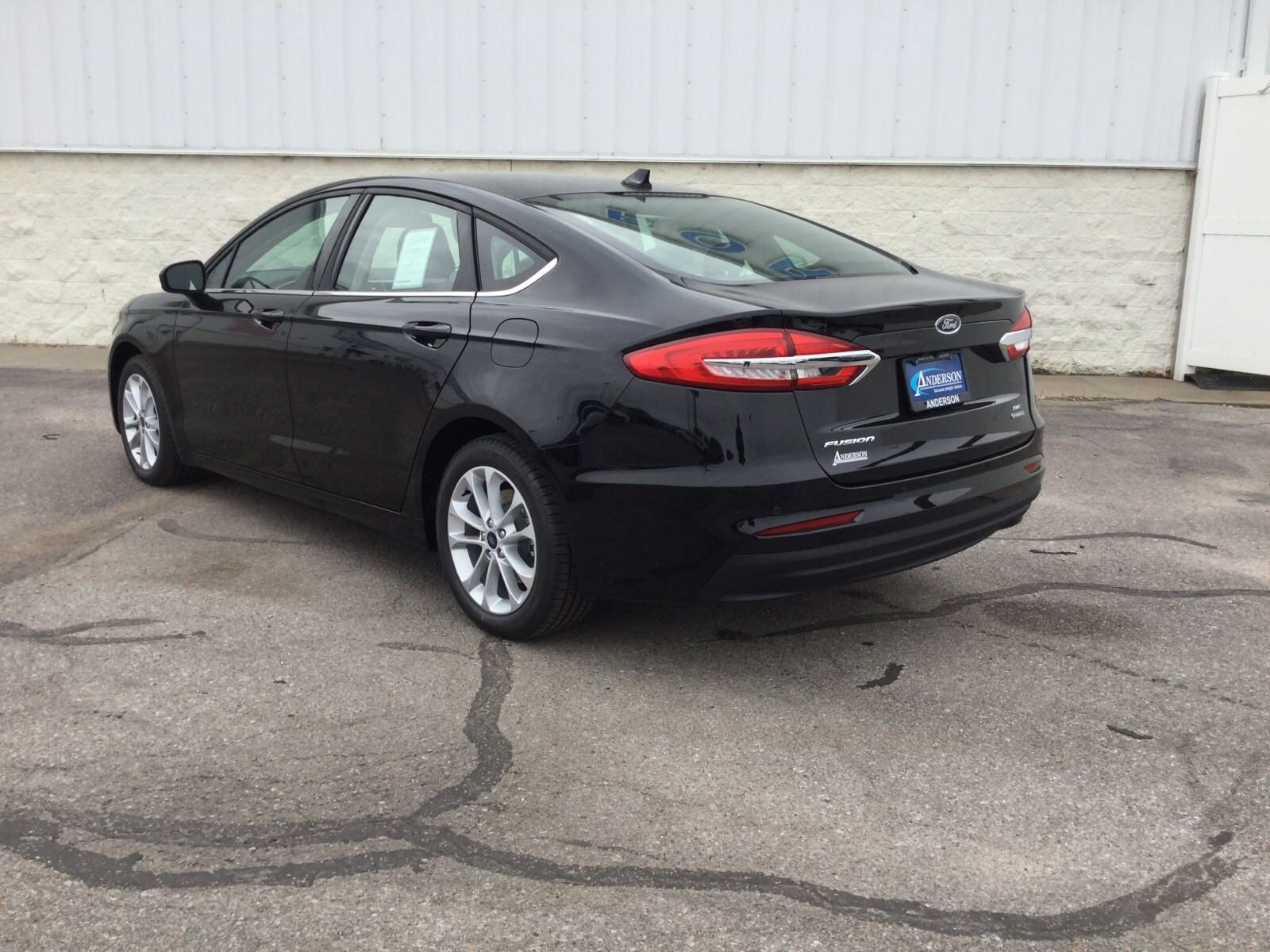 New 2020 Ford Fusion Hybrid SE 4dr Car for sale in Lincoln NE