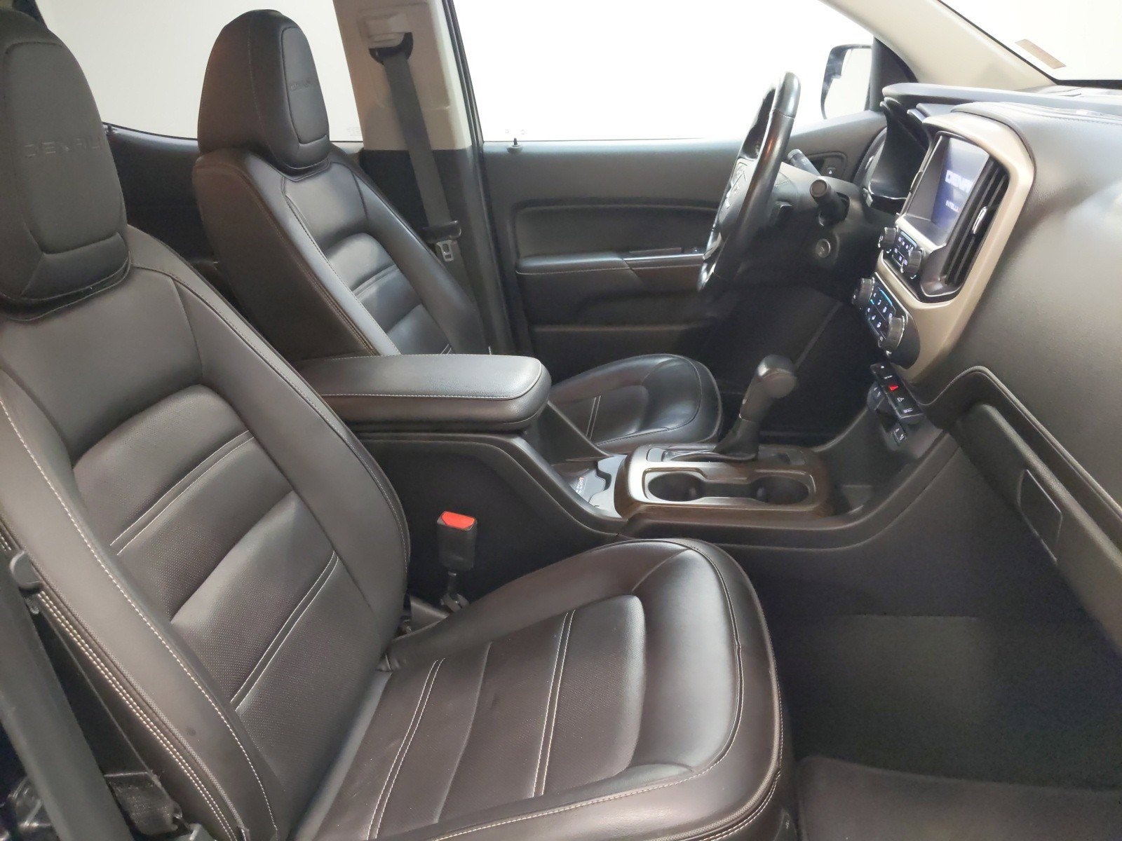 Used 2018 GMC Canyon 4WD Denali Crew Cab Pickup for sale in St Joseph MO