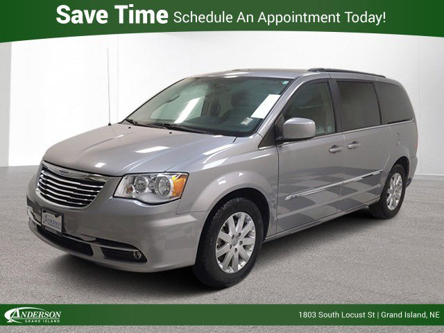 Used 2016 Chrysler Town And Country Touring Mini-van for sale in Grand Island NE