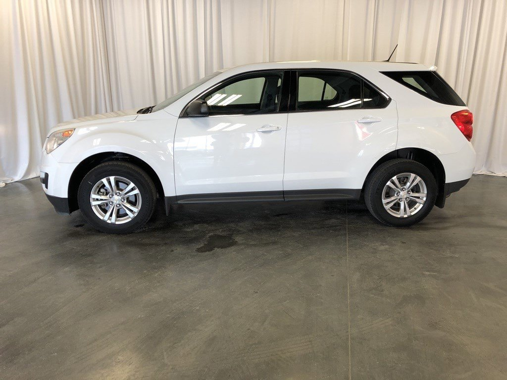Used 2013 Chevrolet Equinox LS Sport Utility for sale in St Joseph MO