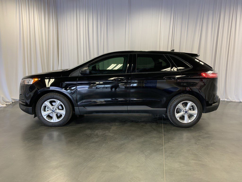 New 2020 Ford Edge SE Sport Utility for sale in St Joseph MO