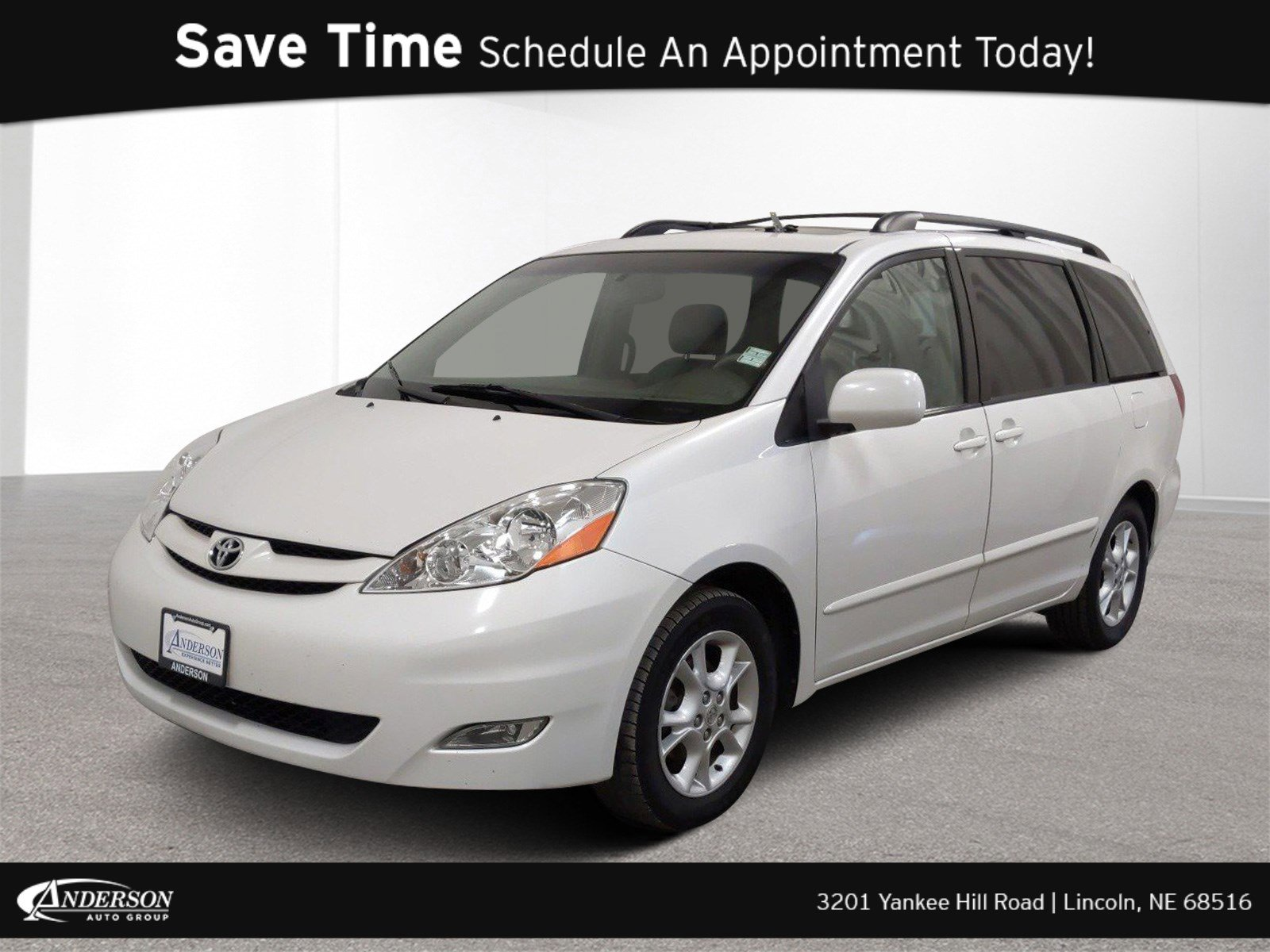 Used 2006 Toyota Sienna XLE Mini-van for sale in Lincoln NE