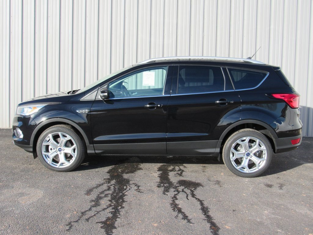 New 2019 Ford Escape Titanium 4D Sport Utility for sale in Grand Island NE