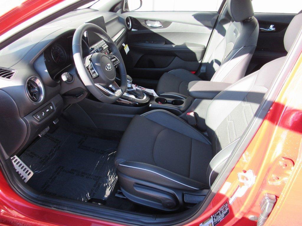 New 2020 Kia Forte GT-Line 4D Sedan for sale in Grand Island NE