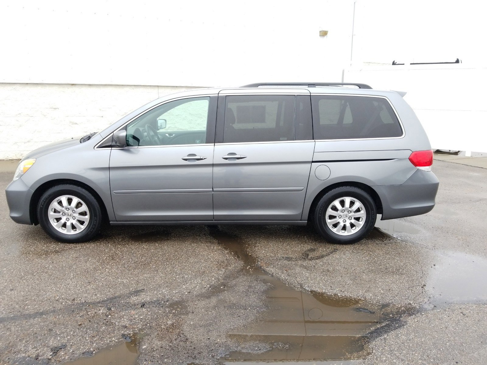 Used 2009 Honda Odyssey EX-L Mini-van for sale in Lincoln NE