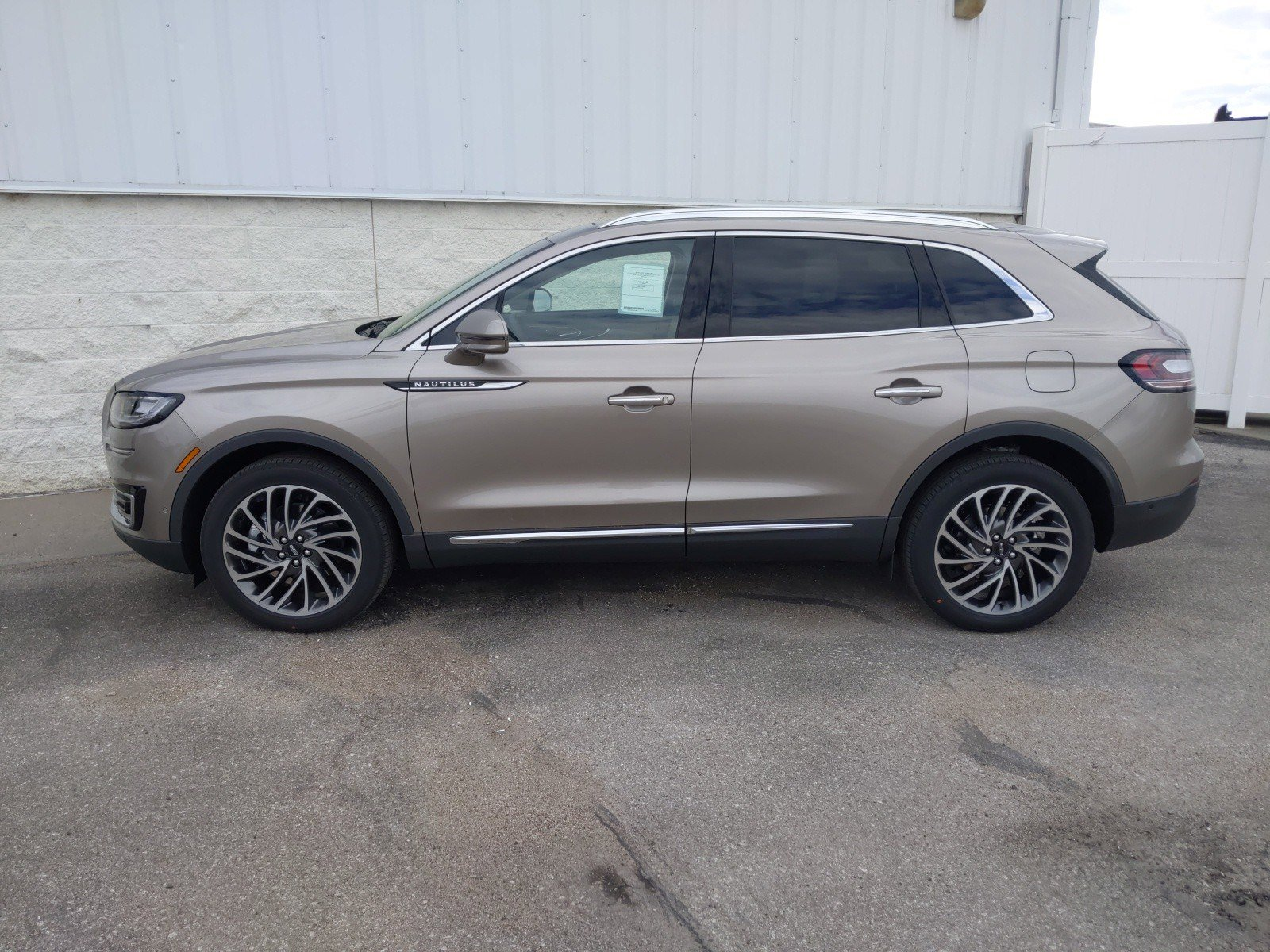New 2020 Lincoln Nautilus Reserve Sport Utility for sale in Lincoln NE
