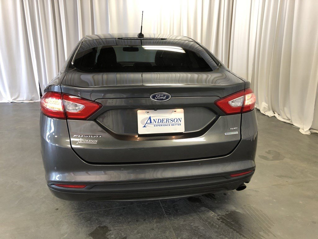Used 2015 Ford Fusion SE 4dr Car for sale in St Joseph MO