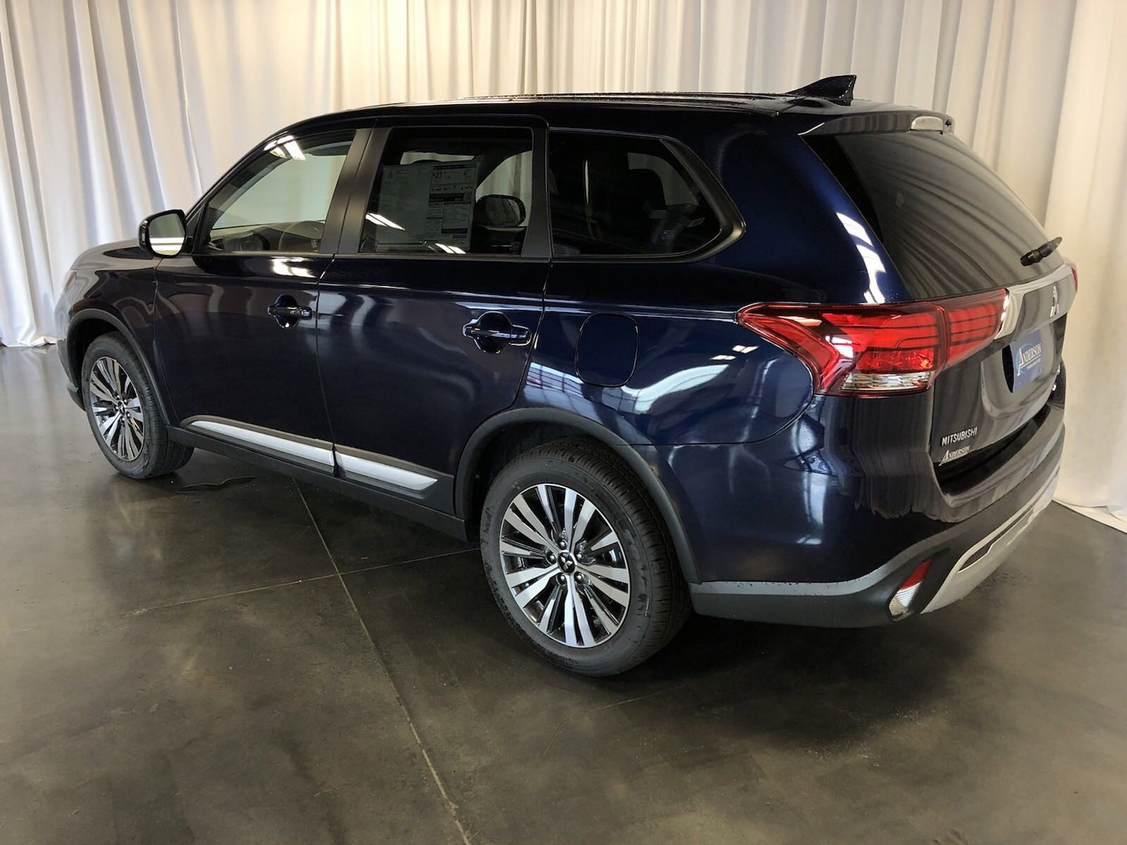 New 2019 Mitsubishi Outlander ES Sport Utility for sale in St Joseph MO