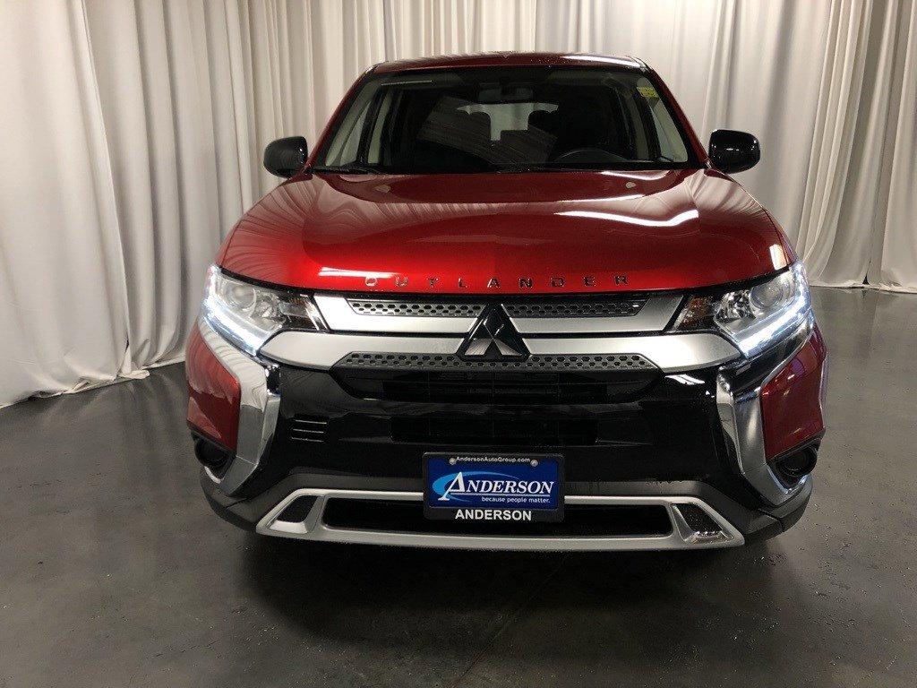 New 2020 Mitsubishi Outlander SE Sport Utility for sale in St Joseph MO