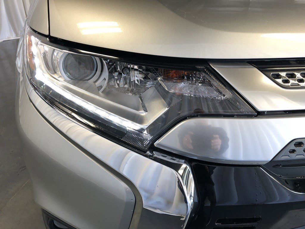 New 2019 Mitsubishi Outlander SE Sport Utility for sale in St Joseph MO