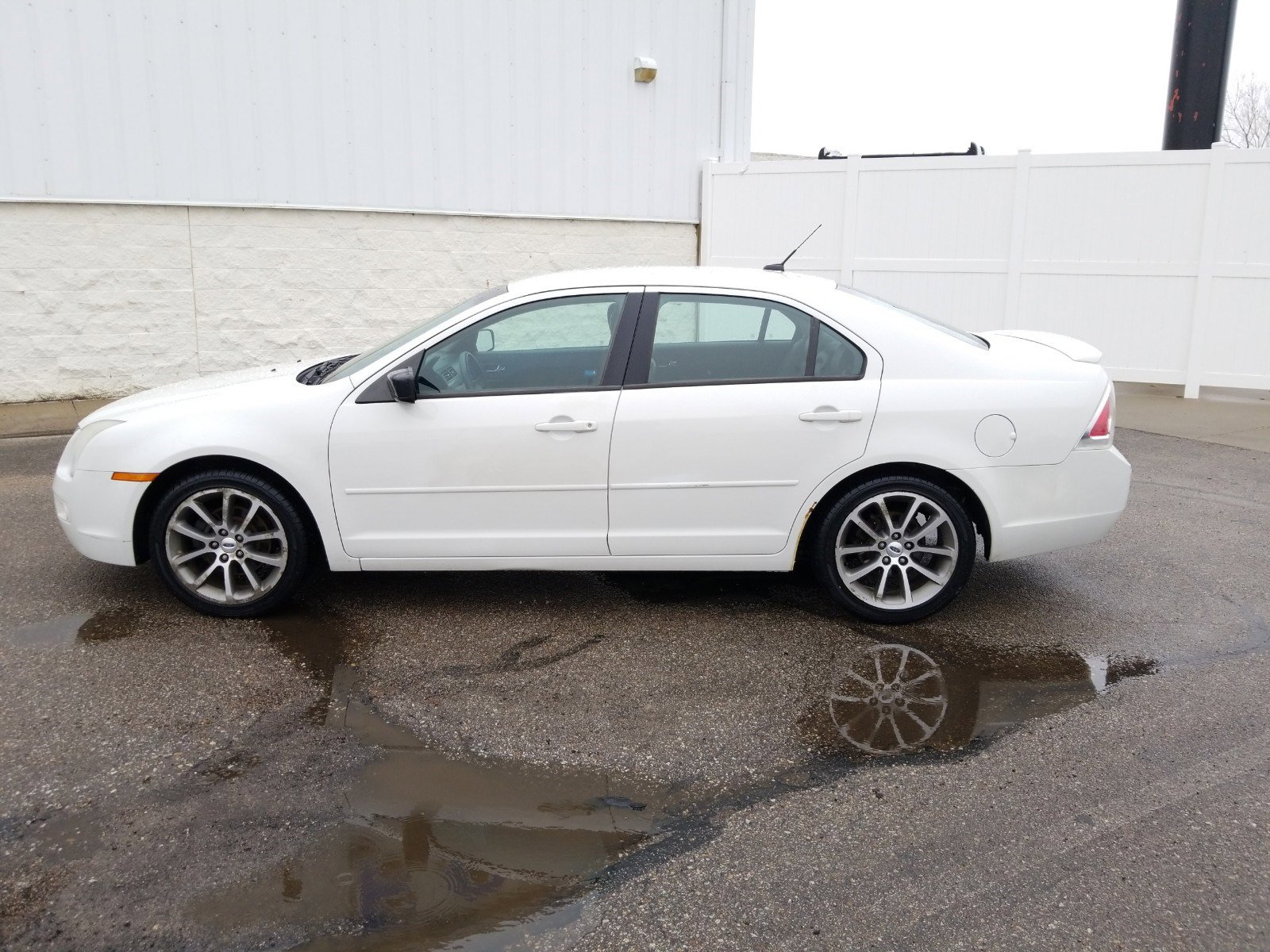 Used 2009 Ford Fusion SE 4dr Car for sale in Lincoln NE