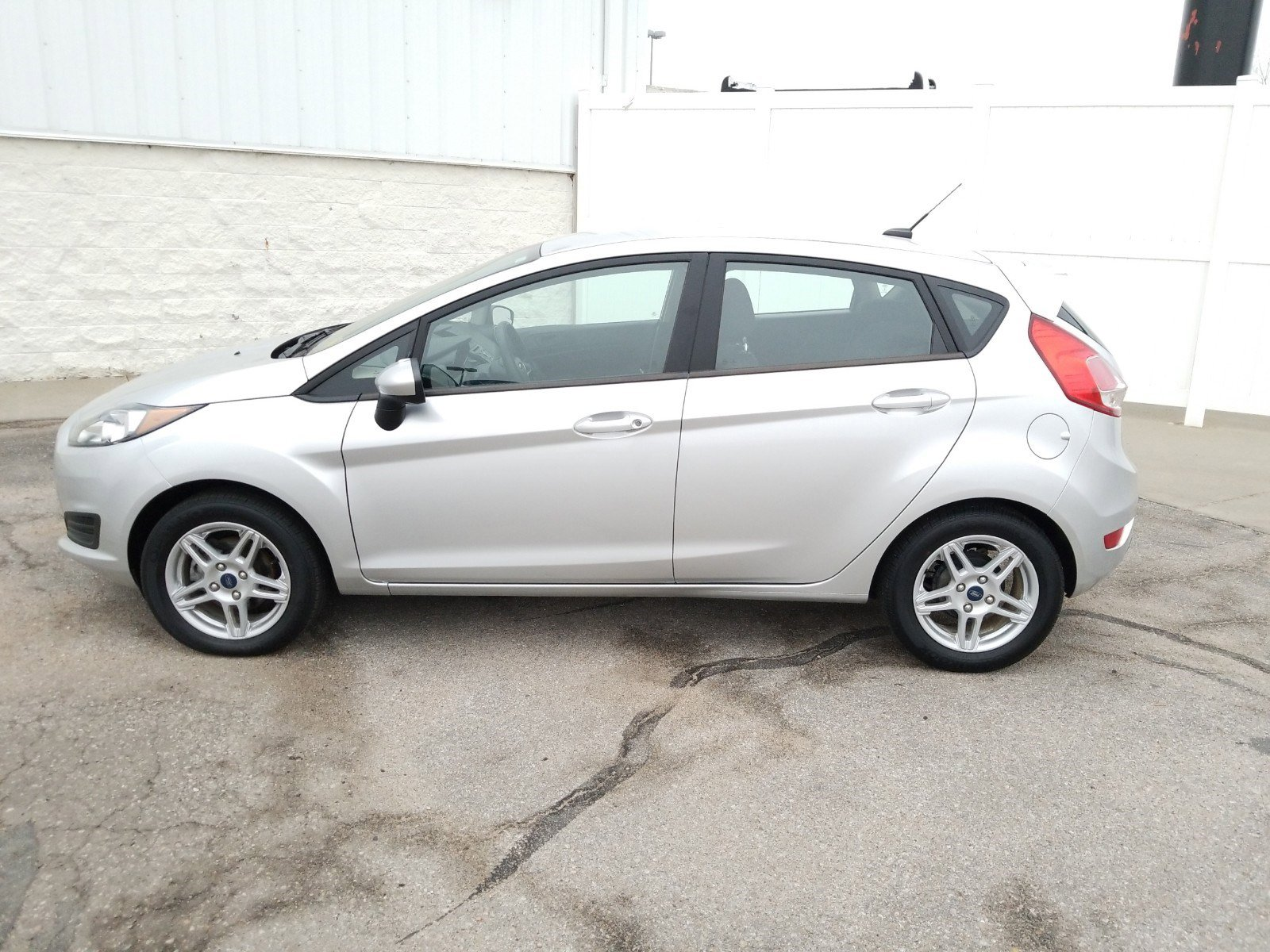 Used 2019 Ford Fiesta SE Hatchback for sale in Lincoln NE