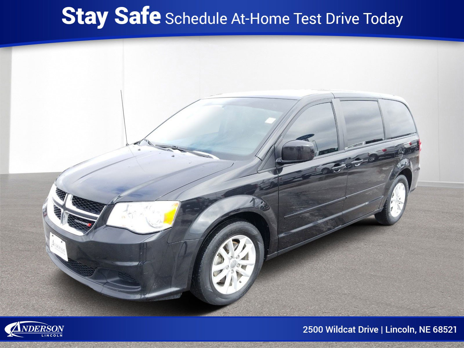 Used 2013 Dodge Grand Caravan SXT Mini-van for sale in Lincoln NE