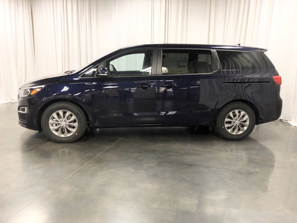 New 2020 Kia Sedona LX Mini-van for sale in St Joseph MO