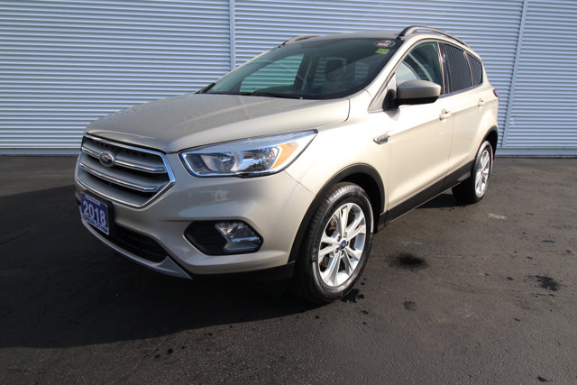 2018 Ford Escape SE / CLOTH / HEATED SEATS / BACK UP CAM /