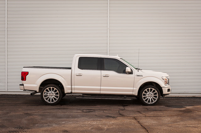 2018 Ford F-150 Limited / HTD LEATHER / TOW PKG / REMOTE START /