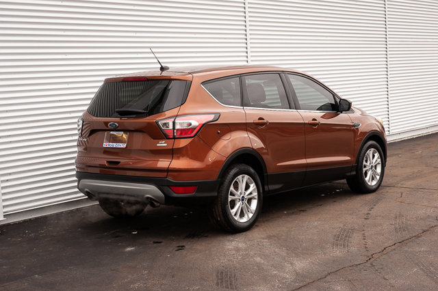 2017 Ford Escape SE / ACCIDENT FREE / BACK UP CAM / HEATED SEATS