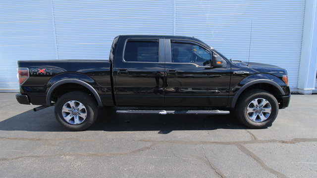 2011 Ford F-150 FX4 / TRAILER TOW PKG / REVERSE SENSORS / CLOTH