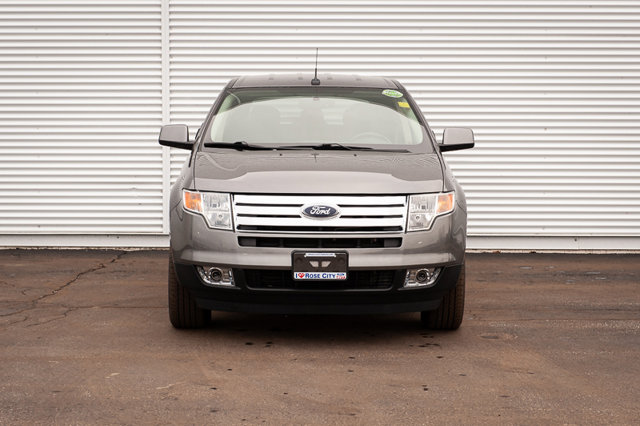 2010 Ford Edge SEL / ACCIDENT FREE / REVERSE SENSORS / HEATED SEATS /