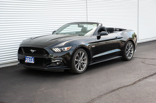 2015 Ford Mustang GT Premium / CONVERTIBLE / BACK UP CAM / HEATED LTHR SEATS /