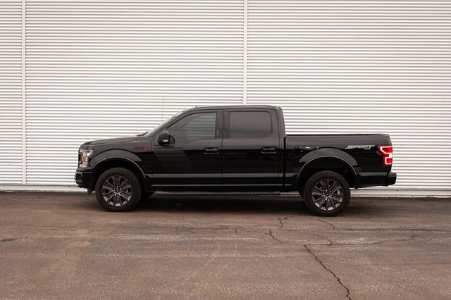 2018 Ford F-150 XLT / 5.0L V8 / BACK UP CAM & SENSORS / REMOTE START / NAVIGATIO