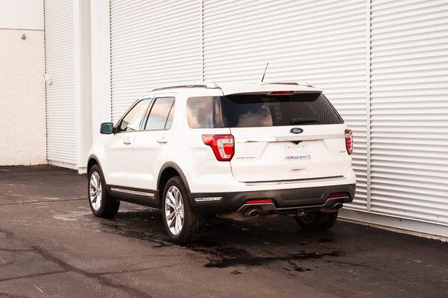 2018 Ford Explorer Limited / MOONROOF / HTD & COOLED LEATHER /SAFE & SMART PKG