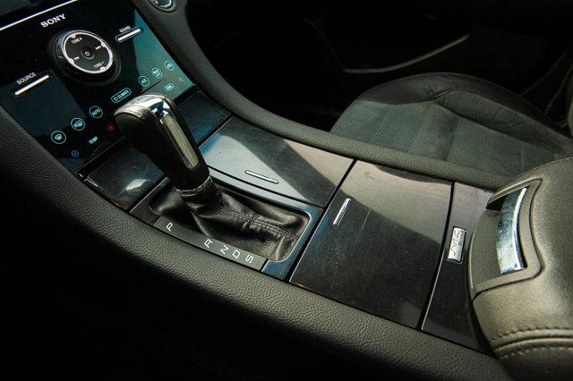 2015 Ford Taurus SHO / BACK UP CAM & SENSORS / MOONROOF / HTD SEATS / NAV