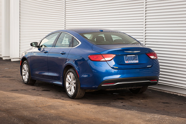 2016 Chrysler 200 Limited / ACCIDENT FREE / CLOTH / HEATED SEATS